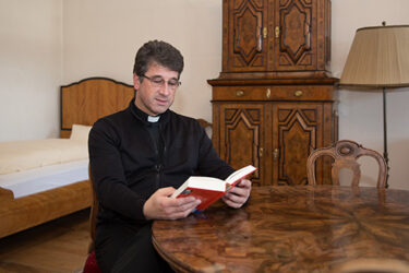 Leutpriester