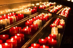 Wir zünden eine Kerze für Sie an!
